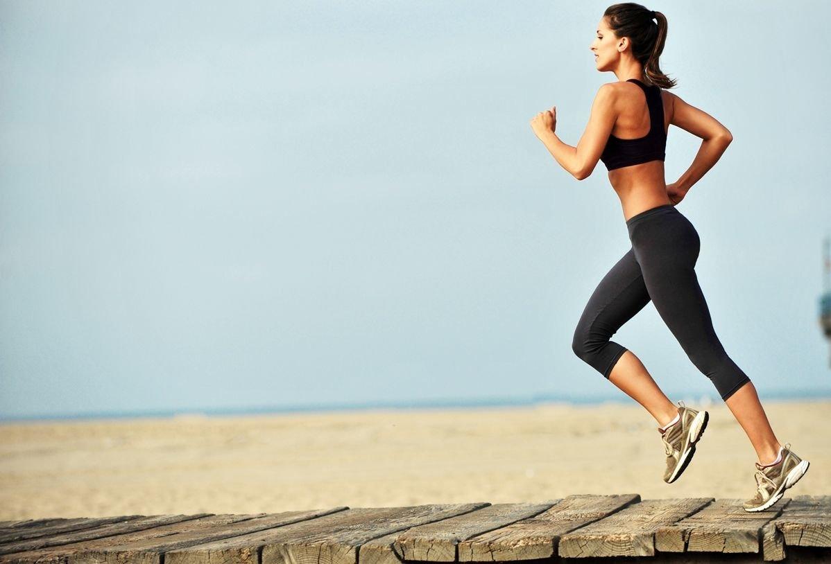 Ejercicios para la fertilidad: los beneficios de practicar deporte