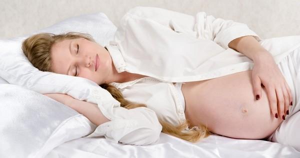 Posturas para dormir cuando estás embarazada